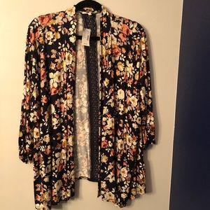 2x floral cardigan.